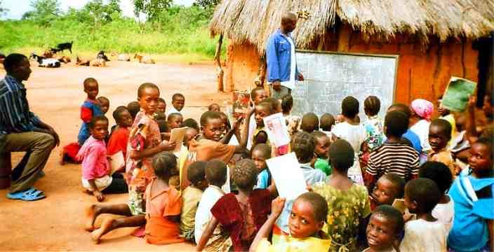 Африканская Школа и ученики