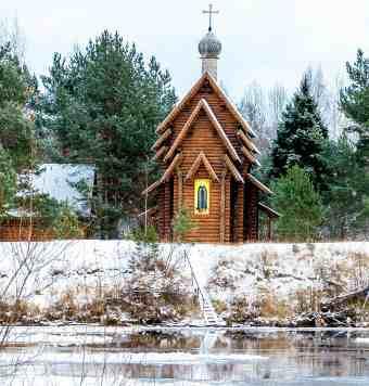 Введено-Оятский женский монастырь часовня на реке Оять