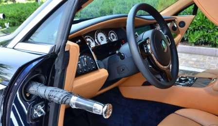 Его Величество - Rolls Royce Wraith. С Зонтиком