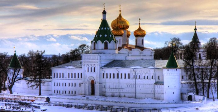 Красавица Кострома. Ипатьевский Монастырь ... Зима