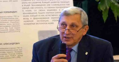 К полувековому юбилею главы ЭКОЦЕНТРА МГУ Андрея Валерьевича СМУРОВА