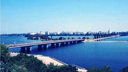 Москва - Воронеж, не догонишь. Мост