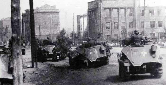 Москва - Воронеж, не догонишь. фашисты в Воронеже июль 1942 года