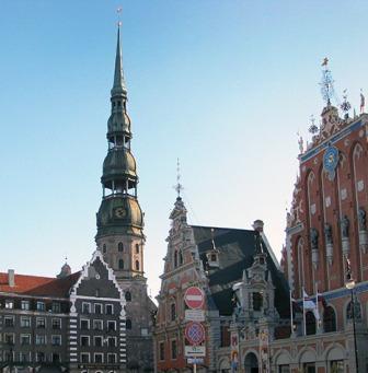 Путешествие Москва-Рига-Латвия-BMW K 1600 GTL Exclusive Колокольня Собора Святого Петра