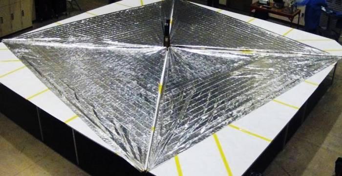 Сверхмалые космические аппараты LightSail Mylar