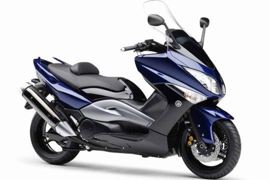 Скутеры и мотоциклы - лучшая техника для города. Yamaha XP500TMax
