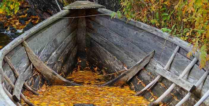 2. И время остановилось... Карелия. Старая лодка.