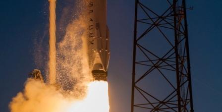 SpaceX и ULA делают шаги по получению сертификации от НАСА на запуск важных научных миссий. Двигитель