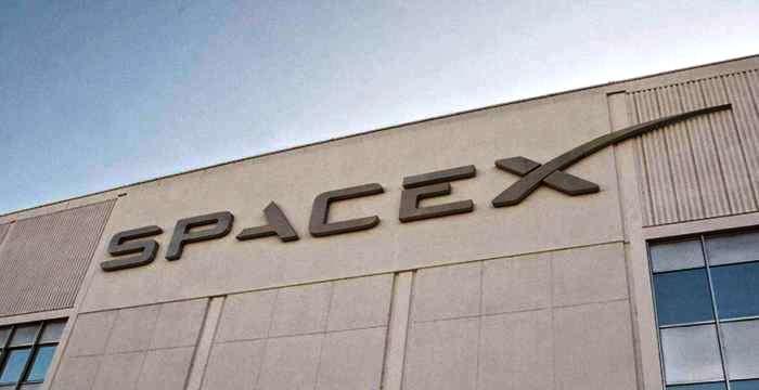 SpaceX 5 мая проведет испытания системы аварийного спасения, которая будет устанавливаться на пилотируемом Dragon